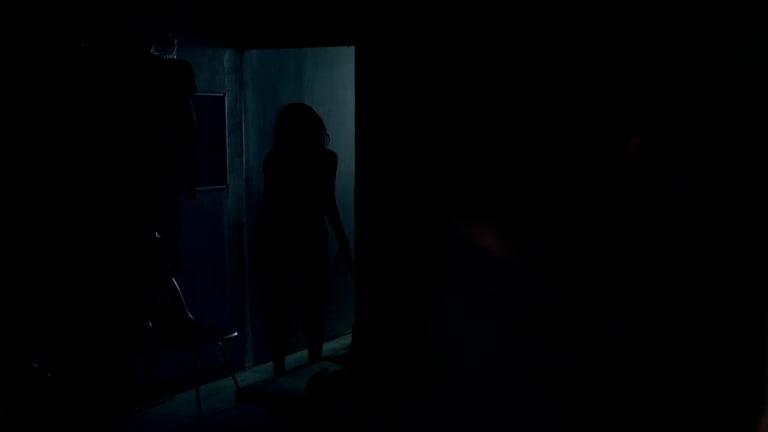 Lights Out: Check Out The Eerie Trailer (Based On A Terrifying Short Film)